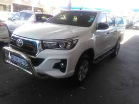 TOYOTA HILUX 2.4GD-6 4X4 DOUBLE CAB MANUAL