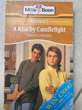 Mills & Boon : A kiss by candlelighti