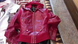 Продам недорого куртка кожа-лак!