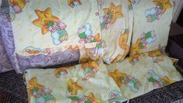 Комплект постельного в кроватку. 7мь элементов