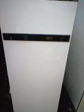 Defy single door fridge