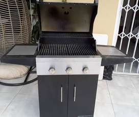 CADAC THREE BURNER GASS BRAAI