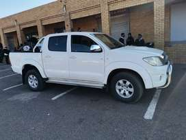 Toyota hilux 3.0d4d for sale