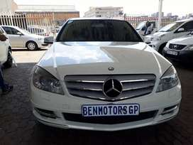 For Sale:2010 Mercedes-Benz,C180 CGI,Manual,56000km,with Service Book