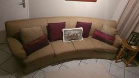 Classic oval 4 seater couch