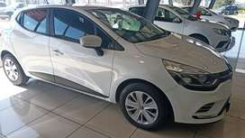 Renault Clio 2019 finance assistant also available