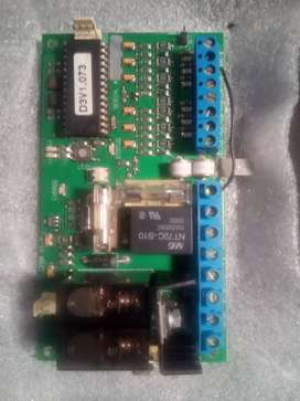Electric gate motor board