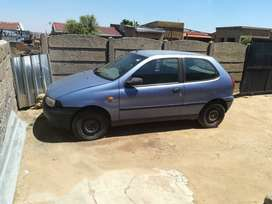 Fiat palio model 2001 color:blue