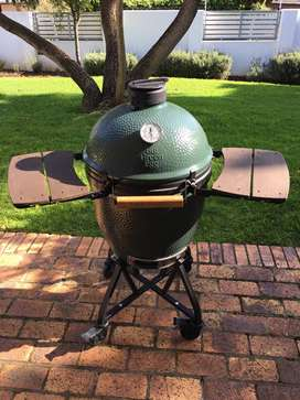 Big Green Egg for sale (great condition)