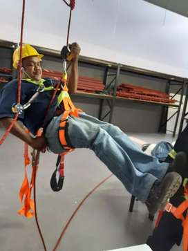 WORKING AT HEIGHTS FALL ARREST COURSE CAPE TOWN