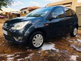 Ford Figo at low price no accident