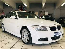 2010 BMW 330i A/T MSPORT with SUNROOF! BARGAIN!