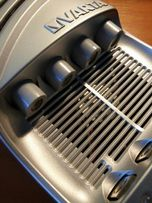 фирменное Varta 15 минутное зарядное устройство тип АА и ААА бренд