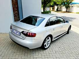 EXTREMELY CLEAN LIMITED EDITION AUDI A4 2.0T S TRONIC QUATRO