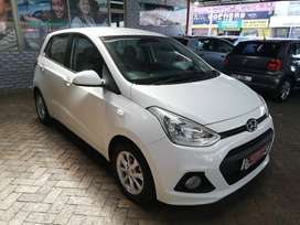 2016 HYUNDAI GRAND I10 1.25 MOTION WITH 92629KM SELLING @ R2900PM