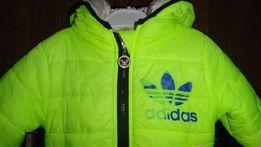 Стильная демисезонная курточка унисекс на 1-2 годика