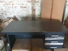 Study desk for sale