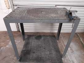 Steel work bench and vise