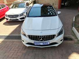 Mercedes benz CLA200