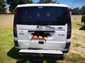 Stripping of Mercedes Benz Vito 115 for Spares