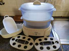 Foodsteamer with accessories