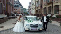 Аренда автомобиля авто машины на свадьбу Chrysler 300C