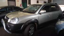 Hyundai Tucson 2.0 available in excellent condition.