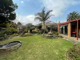 10 Garden cottages and  house for sale-Boomed Area