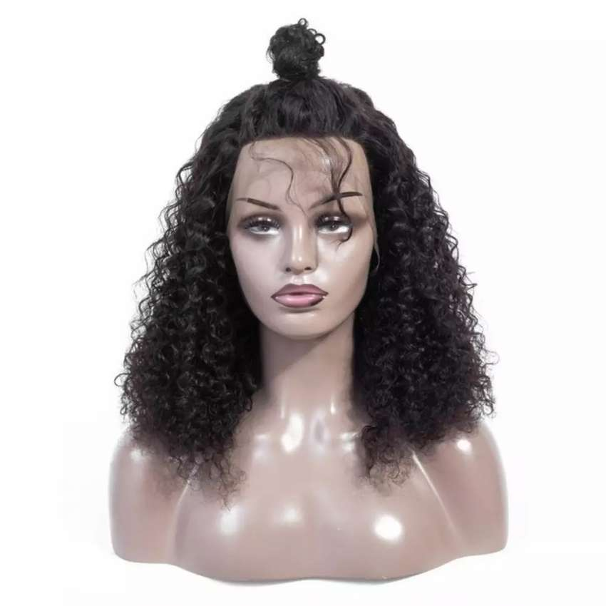 Kinky curls with frontal 0