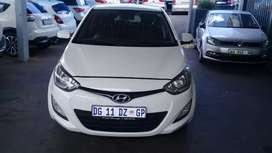 2012 HYUNDAI I20 1.4 ENGINE CAPACITY