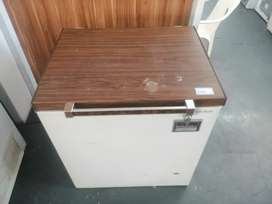 Kelvinator chest freezer