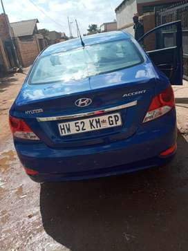 2013 Hyundai accent 1.6 fluid.automatic