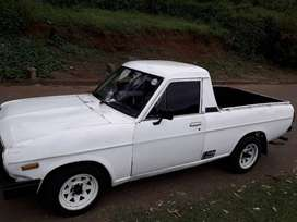 1990 nissan1400. 4speed box. Recently serviced. Start and go.