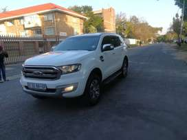 Beautiful 7 seater Ford Everest 2.2TDCi XLT
