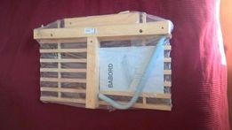 Mała sosnowa półka Ikea