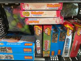 Board games and toys Tops