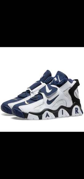 Nike air barradge(blue and white boot)