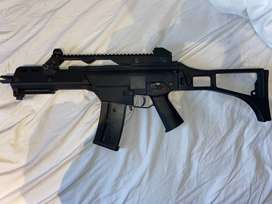 Fully automatic, electric airsoft rifle