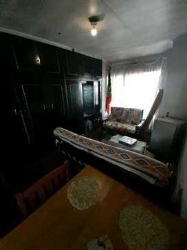 ROOM FOR RENT! R2000 PM