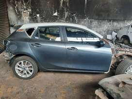 MAZDA 3 STRIPPING FOR PARTS AND ACCESSORIES