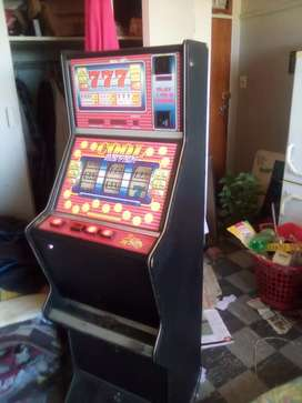 Working Gambling Machine For Sale R 8500