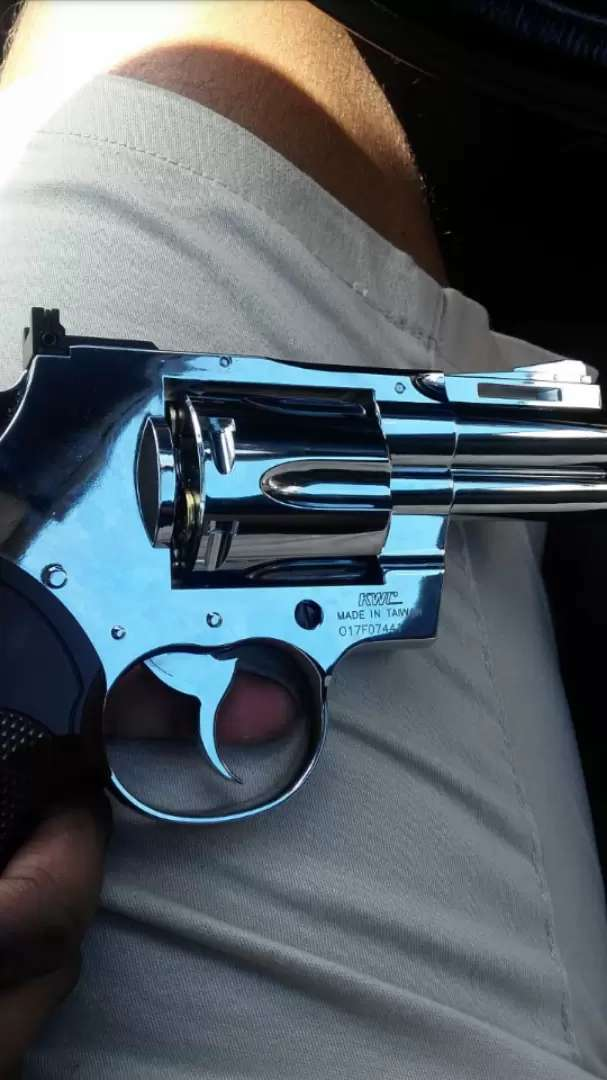 * REVOLVER 357 FULLY CHROME KWC Gas GUN Brand New 0