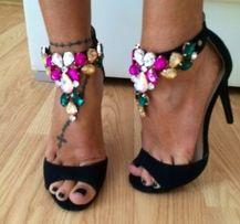 Botinelli Sandałki Szpilki Zamsz Czarne Biżuteryjne Kryształki Chanel