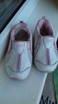 Детские кроссовки без шнурков