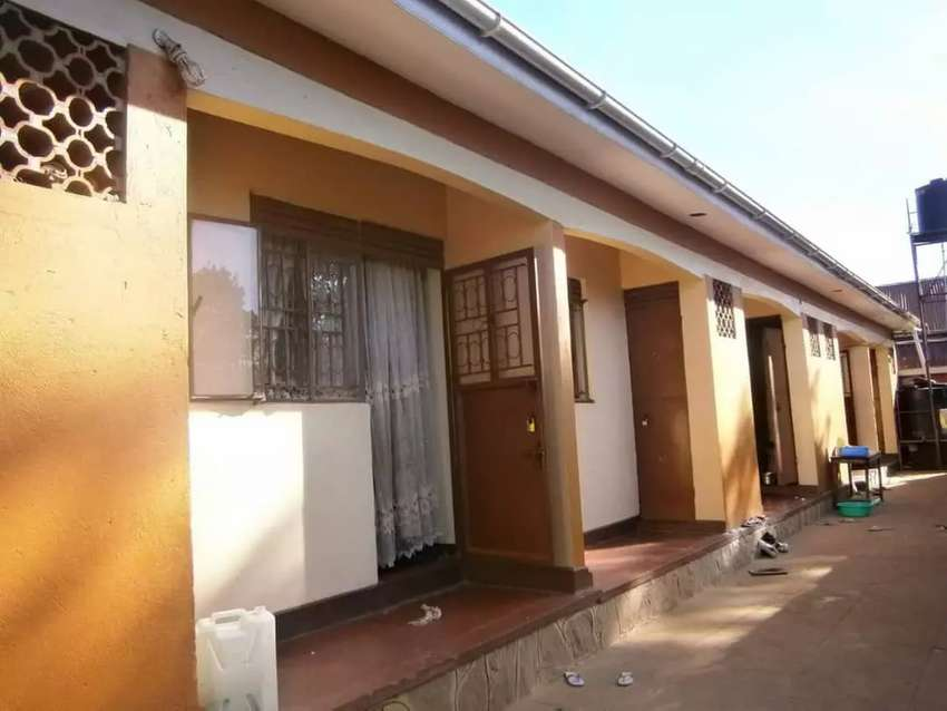 Five double rentals collecting 1.4 m shs on quick sale in masanafu 0