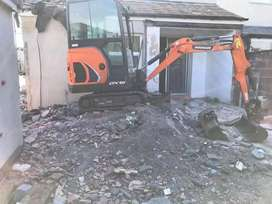 R5V RUBBLE REMOVAL SERVICES/TLB HIRE/TREE FELLING