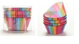 Радужные бумажные формы для кексов