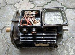 Электродвигатель трехфазный, мотор, асинхронный