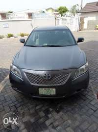 Neat buy and drive Toyota Camry 2007 0