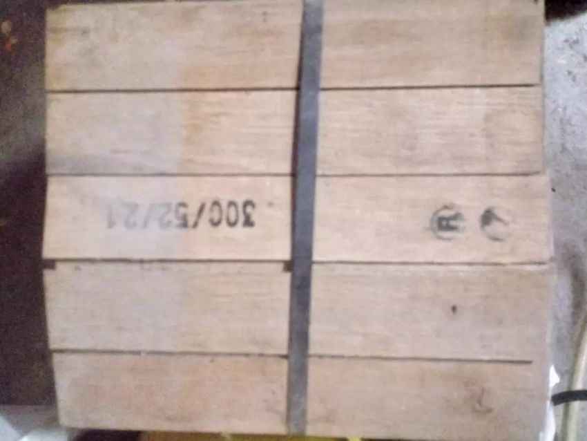 Hrastov parket 8€ m2 15m2 0